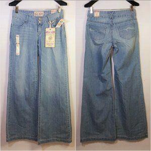 Raleigh Denim Blue Jeans Wide Flare Leg Light Wash